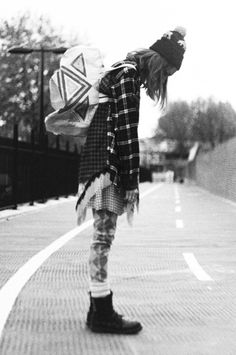The grunge fashion - aesthetic is stripped-down compared to other forms of rock music, and many grunge musicians were noted for their unkempt appearances and rejection of theatrics.