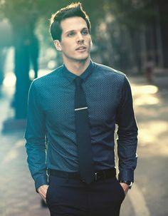 Un ensemble basic pour une tenue chic #look #homme #chic #men #fashion #fashionformen