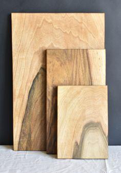 3 planches à découper rectangulaires en bois de noyer