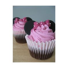 Minnie Mouse Cupcakes ❤ liked on Polyvore