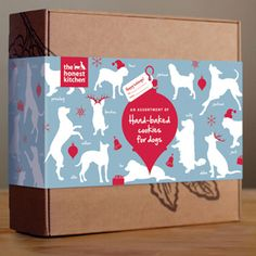 Holiday Treat Pack    This limited-edition of pet treats comes gift-wrapped in a seasonally themed craft box. Each pack contains 8-ounce treats including Pecks, Nuzzles, and Smooches.