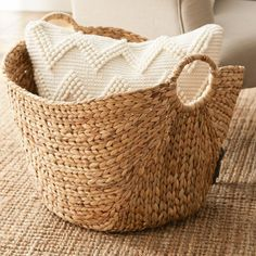 Looking for Wicker Basket Laurel Foundry Modern Farmhouse ? Check out our picks for the Wicker Basket Laurel Foundry Modern Farmhouse from the popular stores - all in one. Decoration Ikea, Decoration Bedroom, Decorations, Diy Design, Design Ideas, First Apartment Essentials, Apartment Checklist, Square Baskets, Decoration Inspiration