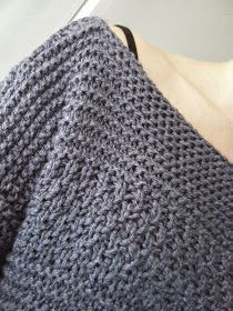 Coucou les tricoteuses! J'avais envie d'un gros pull large, histoire d'être bien à l'aise. Un modèle de pull très facile à faire et qui ava...
