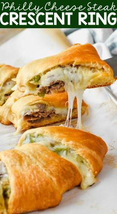 This Philly Cheese Steak Crescent Ring is the perfect easy dinner! It's only a few easy ingredients, it's easy to put together, and it makes for the best, most delicious weeknight meal. Philly Cheese Steaks, Philly Cheesesteak Sliders Recipe, Steak Recipes, Cooking Recipes, Dump Recipes, Burger Recipes, Quick Recipes, Healthy Recipes, Steak Casserole