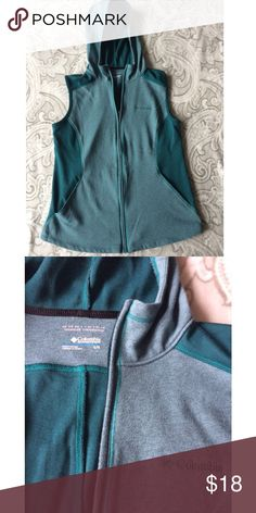 Columbia hooded vest Omni-Wick technology. Like new. No holes or stains. Pet and smoke free home. Make an offer. Columbia Jackets & Coats Vests
