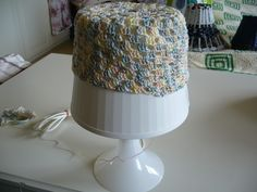 It`s not difficult to change a dull lampshade.