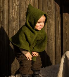 Norse hood, based on find from Skjoldehamn on the Norwegian island Angoya. Klesarven