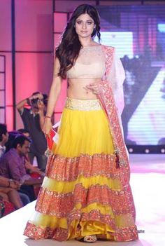 Celebrities walk the ramp for designer Manish Malhotra Indian Bridal Outfits, Indian Dresses, Manish Malhotra Collection, Indian Wear, Indian Style, Women Lifestyle, Hot Actresses, Designer Collection, Indian Fashion
