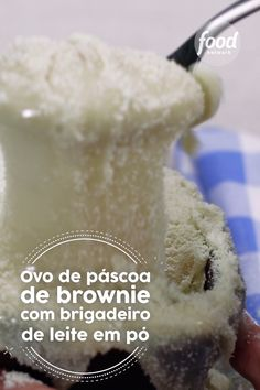 Confira a receita de Ovo de Páscoa de Brownie do FoodNetwork Brasil Delicious Desserts, Dessert Recipes, Cake Recipes, Yummy Food, Food Network Recipes, Cooking Recipes, Buzzfeed Tasty, Mini Foods, Frozen Yoghurt