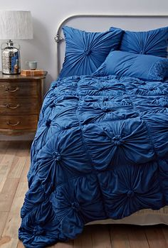 royal blue comforter | The Lovely Side: Cheer up this Blue Bedding | Decor Questions