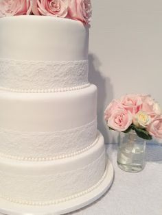 oh crumbs!: wedding cake - lace and pearls