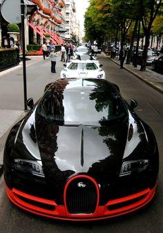 """Bugatti Veyron 16.4 Grand Sport Vitesse """"World Record Edition"""" geparkt, trotz Spitzengeschwindigkeit von bis zu 411km/h offen. Http://HartWieGranit.com"""