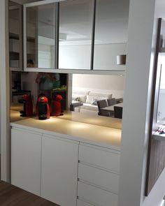 """27 curtidas, 2 comentários - Home Style móveis (@homestylemoveisnh) no Instagram: """"#AP702K  Como é bom visitar nossos clientes e  admirar  belas imagens. Espelhos bronze, vidro…"""""""