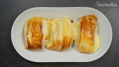 Tvarohovo-citrónové koláče (videorecept) - recept | Varecha.sk Hot Dog Buns, Hot Dogs, French Toast, Bread, Breakfast, Food, Sweet, Basket, Lemon