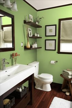 Master bath to go with the green room. Great looking bathroom, I want!