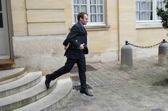 Macron : ce beau gosse qui rend le socialisme acceptable !