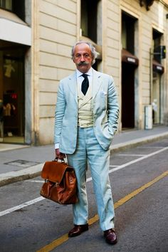 At first glance of the thumbnail, I thought it was a cooler version of Enstein. Thanks The Sartorialist!