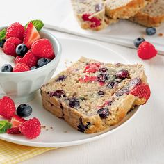 Pain aux bananes explosion de fruits - Les recettes de Caty Biscuits, French Toast, Brunch, Healthy Recipes, Healthy Food, Sugar, Bread, Snacks, Breakfast