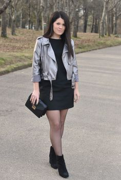 www.streetstylecity.blogspot.com Fashion inspired by the people in the street ootd look outfit sexy skirt miniskirt boots cute heels girl woman pantyhose silver metallic