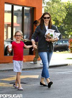 Jennifer Garner and Violet Have a Happy Meal: Jennifer Garner and Violet Affleck walked together. : Jennifer Garner wore jeans and flats for her fast-food run.