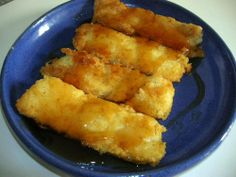 FRIED CORNMEAL MUSH  THIS IS EXACTLY HOW MY MOTHER MADE HER MUSH. SHE FLOURED AND FRIED IT THEN. DAD LIKED SYRUP, MOMMA LIKED MELTED BUTTER