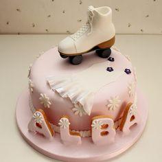 Tarta de cumpleaños. Sería maravilloso poder hacer cosas así!!!!! Ice Skating Party, Roller Skating Party, Skate Party, Fondant Cakes, Cupcake Cakes, Roller Skate Cake, Sport Cakes, Cakes Today, Birthday Cakes