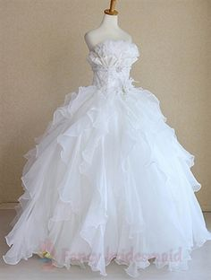 Snow White Princess Wedding Dresses, Bridal Gowns For Winter Wedding-- really just like the skirt