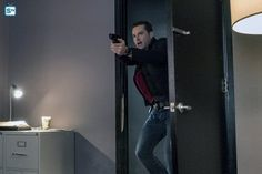 Photos -  Chicago PD - Season 4 - Promotional Episode Photos  - Episode 4.10 - Don't Read the News - NUP_176451_0945