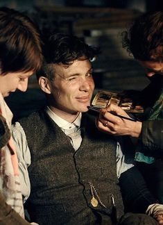 Peaky Blinders Tommy Shelby, Peaky Blinders Thomas, Cillian Murphy Peaky Blinders, Peaky Blinders Series, Peaky Blinders Quotes, Peeky Blinders, Shelby Brothers, After Life, Best Series