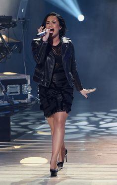 Demi Lovato on American Idol - March 3rd