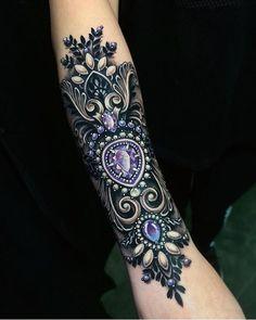 Tattoo by - Tattoo-Ideen - Tattoo Designs for Women Hawaiianisches Tattoo, Hamsa Tattoo, Lace Tattoo, Armor Tattoo, Tattoos Skull, Body Art Tattoos, Hand Tattoos, Tatoos, Arabic Tattoos