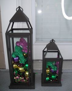 I already have hurricane lamps similar to these, I wonder if they still have the Christmas ornament balls at Garden Ridge. That would be so cute!