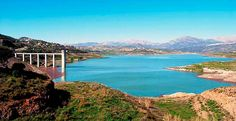 La Consejería de Medio Ambiente y Ordenación del Territorio de la Junta de Andalucía ha anunciado para la próxima semana el inicio de los trabajos de conexión de dos pozos del río Chillar de Nerja a la red de abastecimiento de La Viñuela con intención de paliar el escaso volumen de agua que almacenada en el pantano.      Con esta actuación, presupuestadas en 530.   #noticias #pantano #ultimas noticias