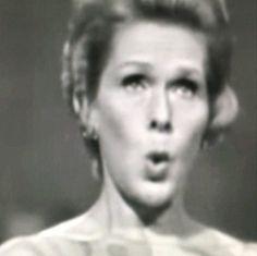 Elisabeth Schwarzkopf   Paris 1967, Richard Strauss, op27, n1   #monkeymagic #marineconservation #cleanoceans #cleanbeaches #savetheanimals #abolishslaughterhouses #againstanimalcruelty #peta #meditation #meatismurder #yoga #vegetarian #vegan #rawfood #ayurveda #tcm #artisforever #friezeweek #FourthPlinth #friezelondon #elisabethschwarzkopf #richardstrauss #paris #1967 #opera #soprano #seashepherd #greenpeace #doctorswithoutborders #unicef