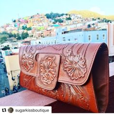 Tooled leather clutch @mexichiccrafts Tooled Leather Purse, Leather Tooling, Leather Clutch, Leather Purses, Leather Handbags