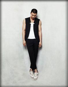 Entertainment news from China, Hong Kong, Japan, South Korea and Taiwan Goong Yoo, Yoo Gong, Mens Fashion, Fashion Outfits, Asian Boys, Mens Clothing Styles, Korean Actors, Korean Drama, Military