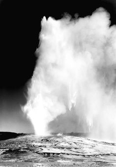 Old Faithful Geyser, Yellowstone National Park (http://www.archives.gov/research/ansel-adams/images/aat25.jpg)