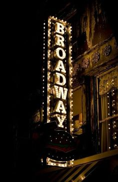 Often found myself in manhattan a lot during my childhood to see broadway shows and experience the theater. I was also involved in the theater for 7 years doing small scale shows with some hollywood and broadway auditions Mural Tumblr, New York City, Times Square, Theatre Nerds, Musical Theatre Quotes, Theatre Stage, Broadway Shows, Broadway Sign, Broadway Theatre New York