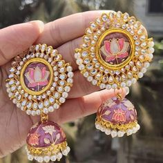 This meenakari earing for just Rs +shipping. Indian Jewelry Earrings, Fancy Jewellery, Jewelry Design Earrings, Indian Wedding Jewelry, Gold Earrings Designs, India Jewelry, Stylish Jewelry, Cute Jewelry, Bridal Jewelry