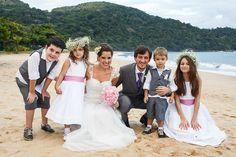Casamento na praia no Litoral de São Paulo - Tábata e Carlos - Damas e Pajens