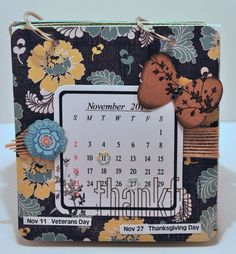 2014 calendar printable set and calendar holder