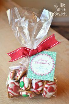 holiday pretzel kisses {last mintute christmas treats}   Little Birdie Secrets
