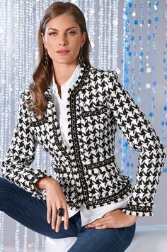Like the idea - although I hate houndstooth Mode Outfits, Chic Outfits, Fashion Outfits, Womens Fashion, Trendy Outfits, Houndstooth Jacket, Tweed Jacket, Chanel Style Jacket, Chanel Jacket Trims