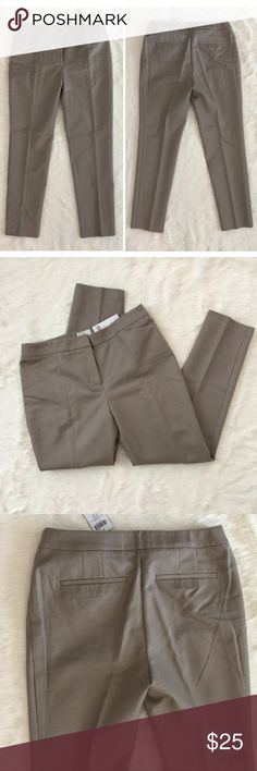 "CHICO'S So Slimming Seamed Pants Chico's Seamed Ankle pants elongate the leg and slims the silhouette. New with tags. Hidden front clasp and zipper closure.  Color: Taos Taupe Inseam: 28"" Chico's size 0.5 = ladies size 6 Chico's Pants Ankle & Cropped"