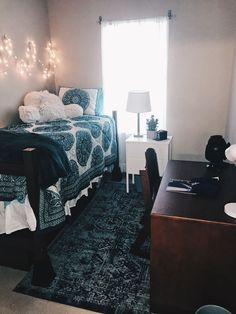 Marvelous Picture of College Apartment Hacks - apartments & small spaces - Dorm Room Room, Dorm Room Essentials, Dorm Rooms, Single Dorm Room, Dorm Sweet Dorm, College Room, Dorm Room Designs, New Room