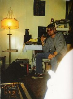 Kurt Cobain Rare Pictures | vintage everyday