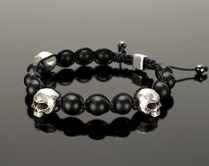 Shamballa bracelet  Mens shamballa bracelet with skulls. от GATURA