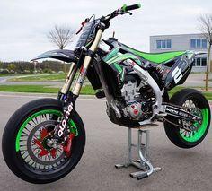 Beast Kawasaki KXF by supermoto_life Ktm 690 Smc, Motard Bikes, Motorcross Bike, Motorcycle Bike, Cool Dirt Bikes, Ducati Hypermotard, Pink Truck, Kawasaki Motorcycles, Kawasaki Dirt Bikes