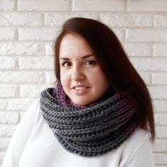 Chunky knit infinity scarf   Winter two colors knitted scarf for women    Gray and purple 1bda8ac90aa
