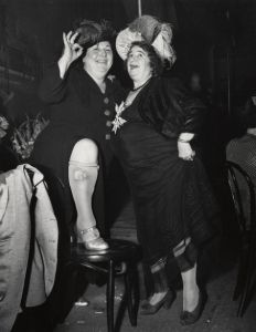 Weegee, New Years Eve, Things To Think About, Have Fun, Vintage Fashion, Bad Girls, Concert, Mood, Instagram